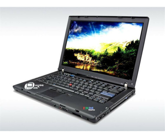 Notebook IBM Lenovo Thinkpad Z61T Centrino Duo 1,66GHz 1GB DDR2 Ram 80GB Festplatte DVD Windows XP CoA Gebraucht