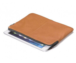 Decoded DA3IPASS1BN - Leather Slim Cover - brown - for iPad Air 2